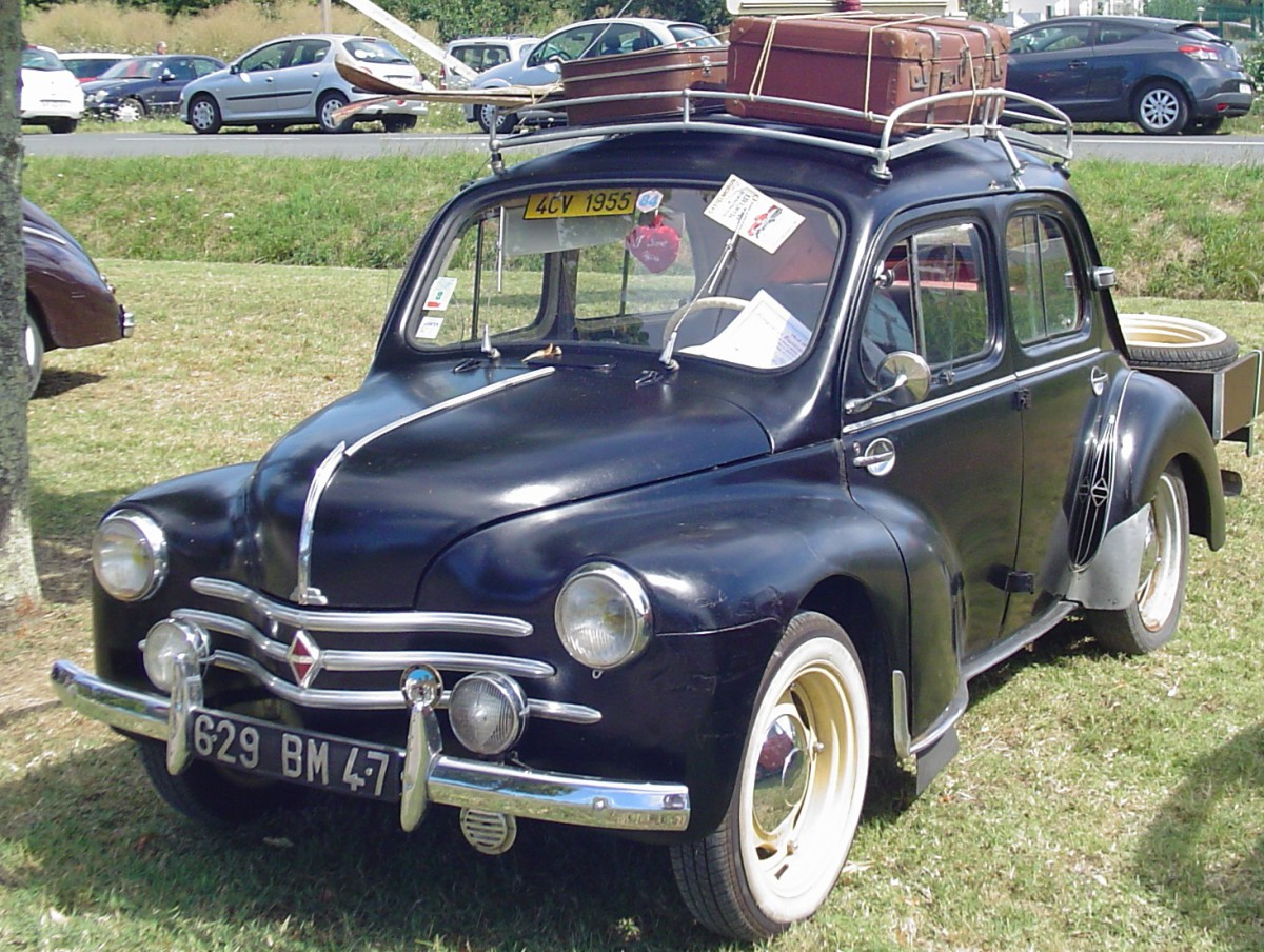 mountainside outtakes citroen gs and renault 4cv on mont ventoux. Black Bedroom Furniture Sets. Home Design Ideas