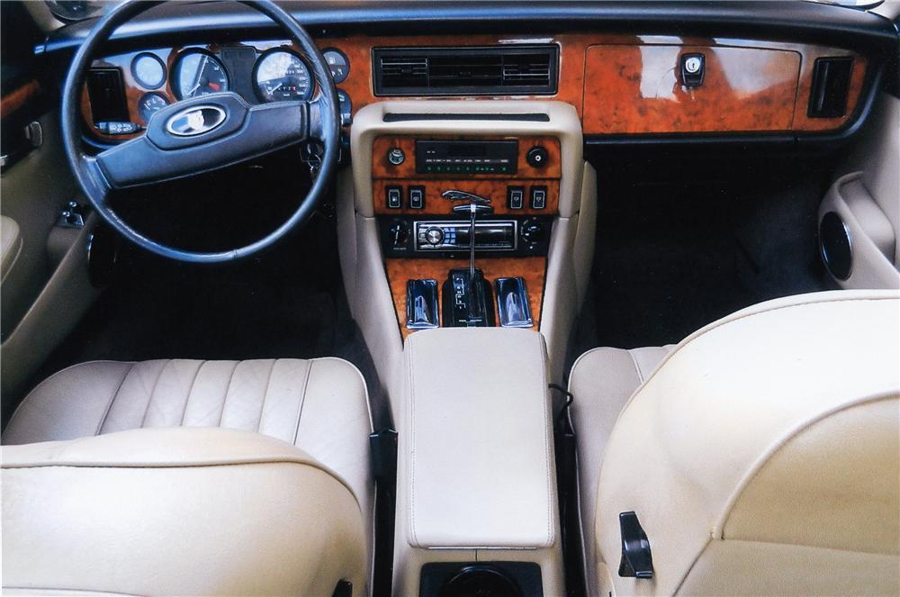 1988 jaguar xj12 interior