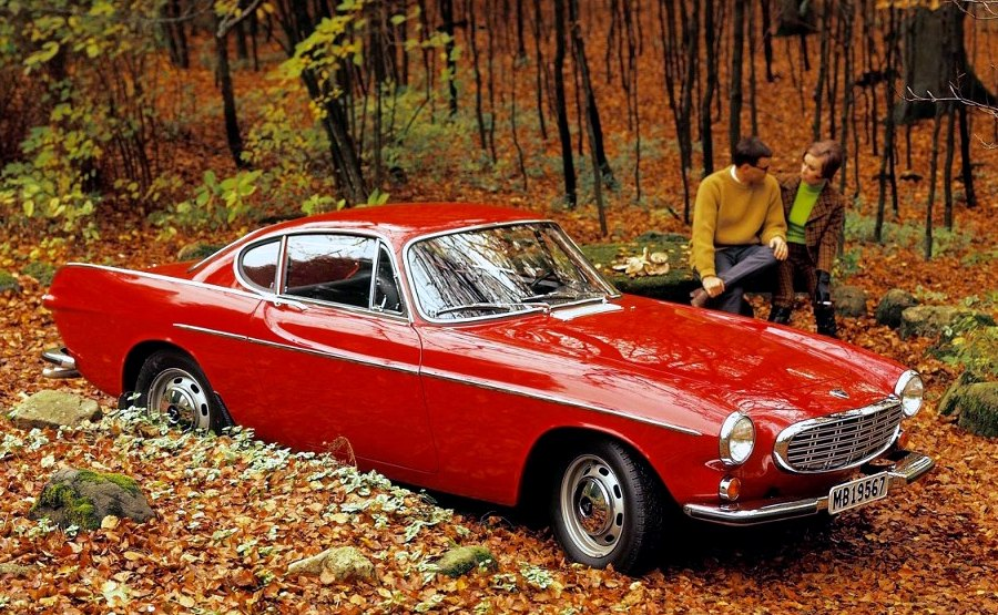 1960-Volvo-P1800