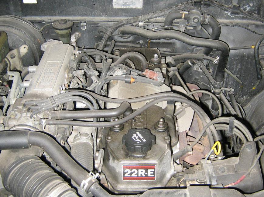 22R-E engine