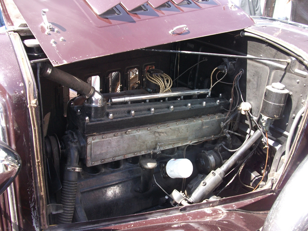1931 Reo Royale Victoria Eight Engine