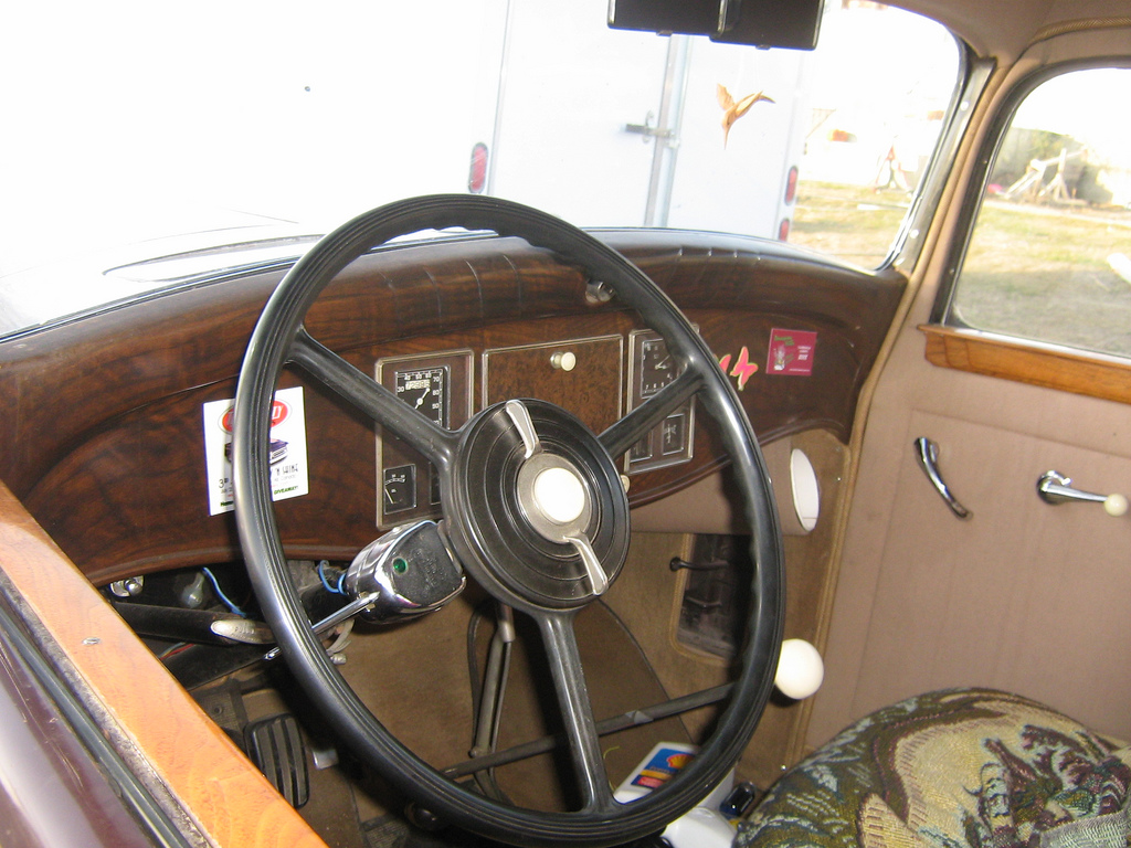 1931 Reo Royale Victoria Eight interior