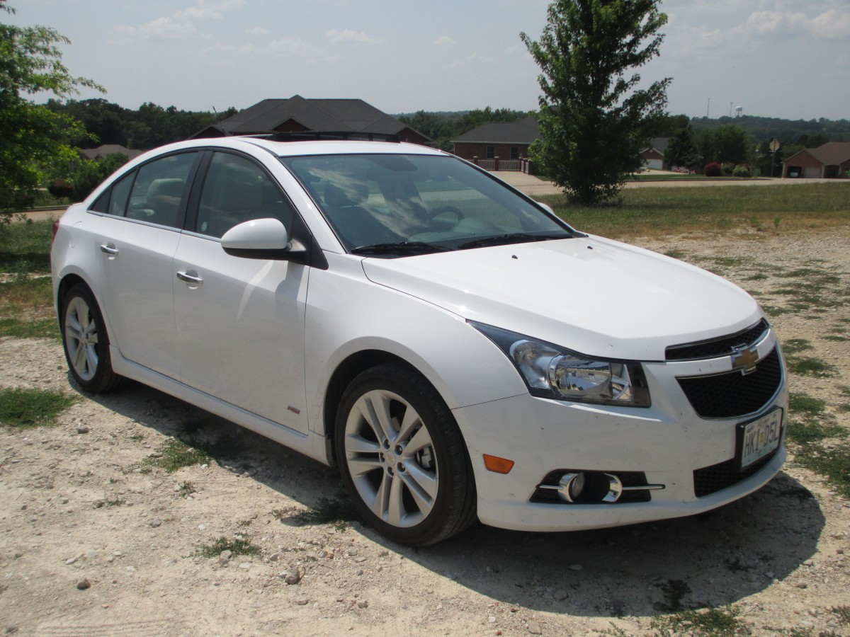 curbside rental service 2014 chevrolet cruze ltz this isn t quite so easy. Black Bedroom Furniture Sets. Home Design Ideas