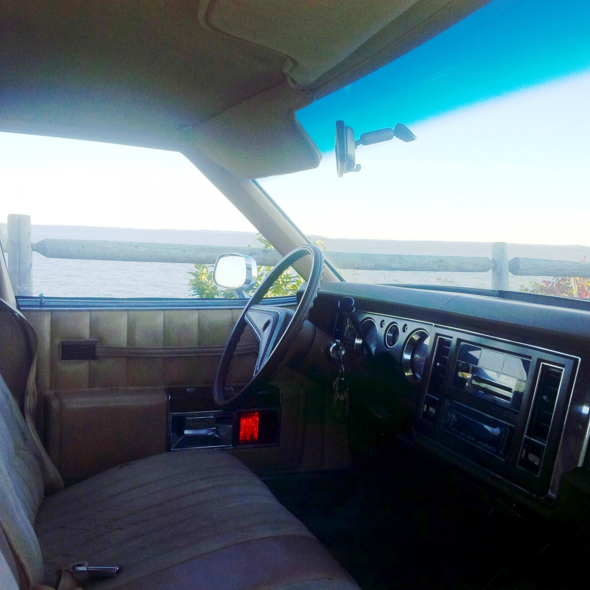 my curbside classic 1977 buick electra 225 the green goddess of linden. Black Bedroom Furniture Sets. Home Design Ideas