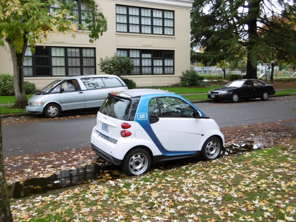 car2go invades eugene with 50 smarts will they replace ccs. Black Bedroom Furniture Sets. Home Design Ideas