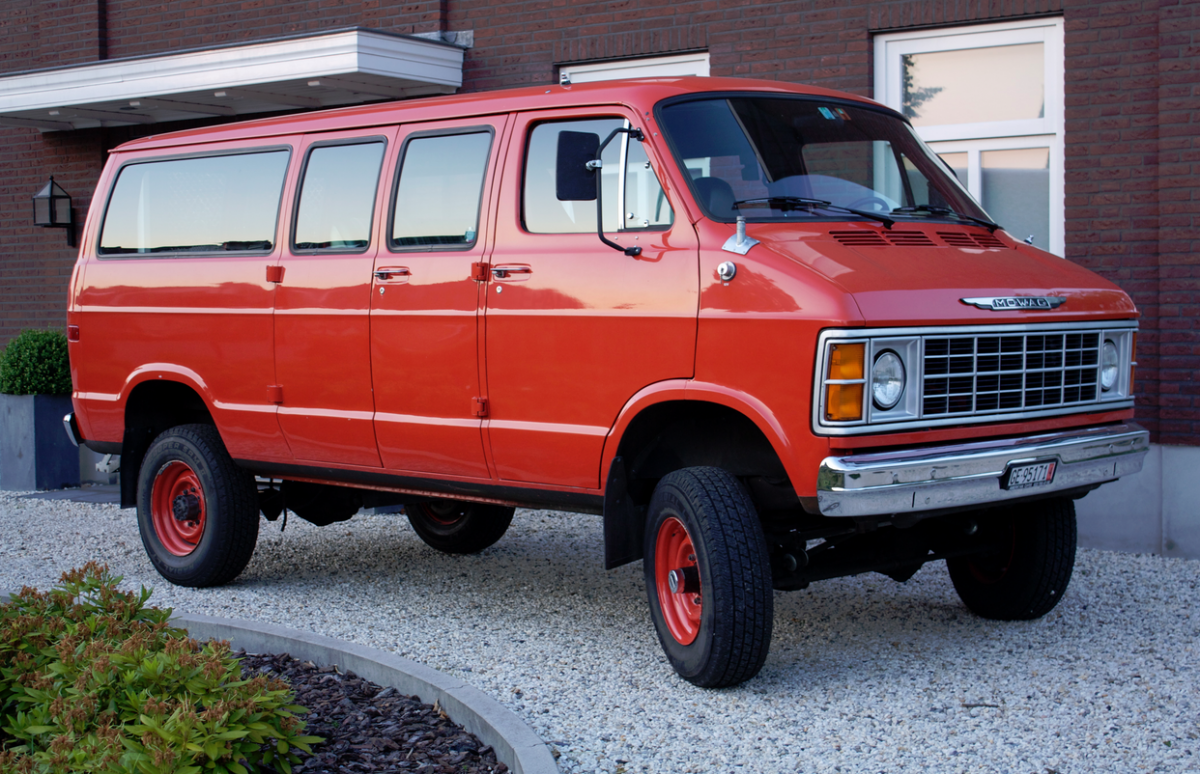 dodge 4x4 vans for sale autos post. Black Bedroom Furniture Sets. Home Design Ideas