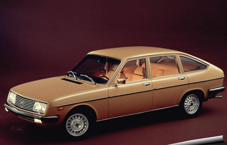 Lancia Beta sedan