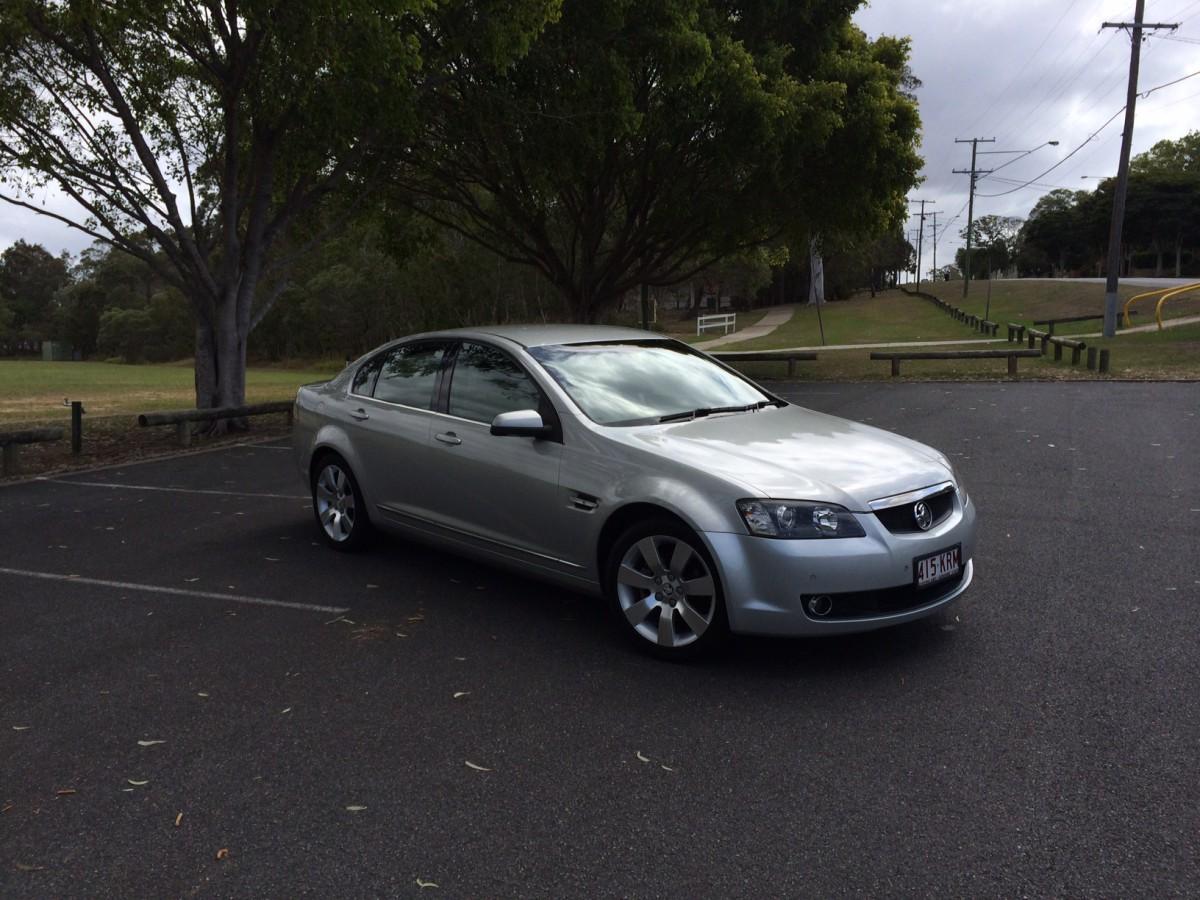 Holden VE Calais (3)