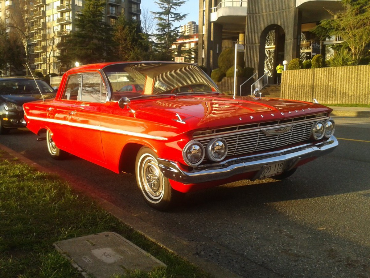 Chevrolet 1961 Bel Air 4 dr hdtp ffq