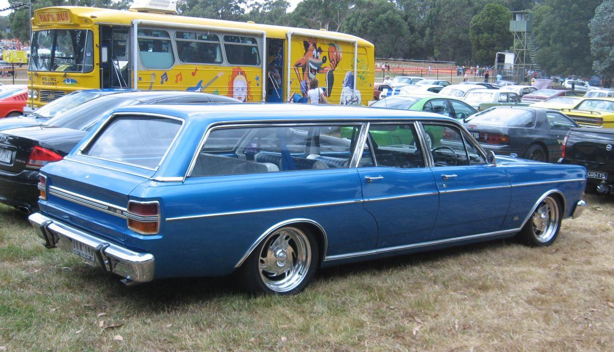 [Image: Ford-Falcon-stretch-wagon.jpg]