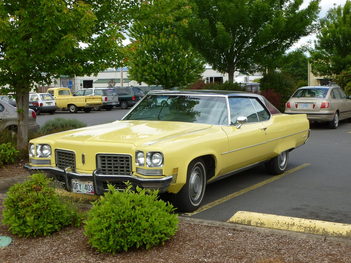 Cc Capsule 1972 Oldsmobile 98 Coupe A Cheaper Coupe Deville