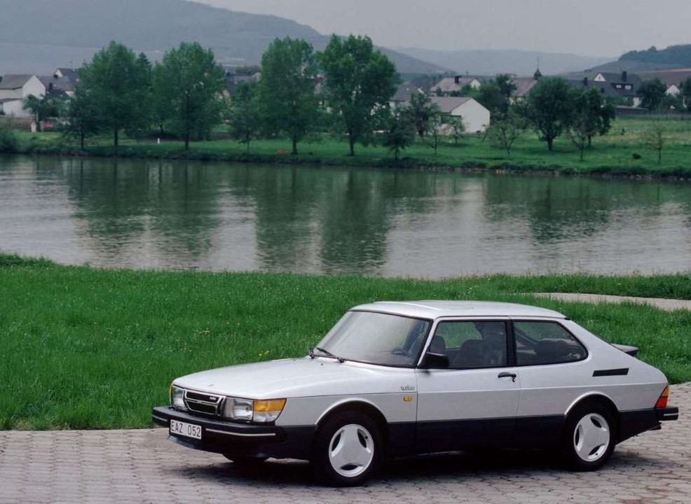 curbside classic 1996 saab 900 turbo born under a bad sign. Black Bedroom Furniture Sets. Home Design Ideas