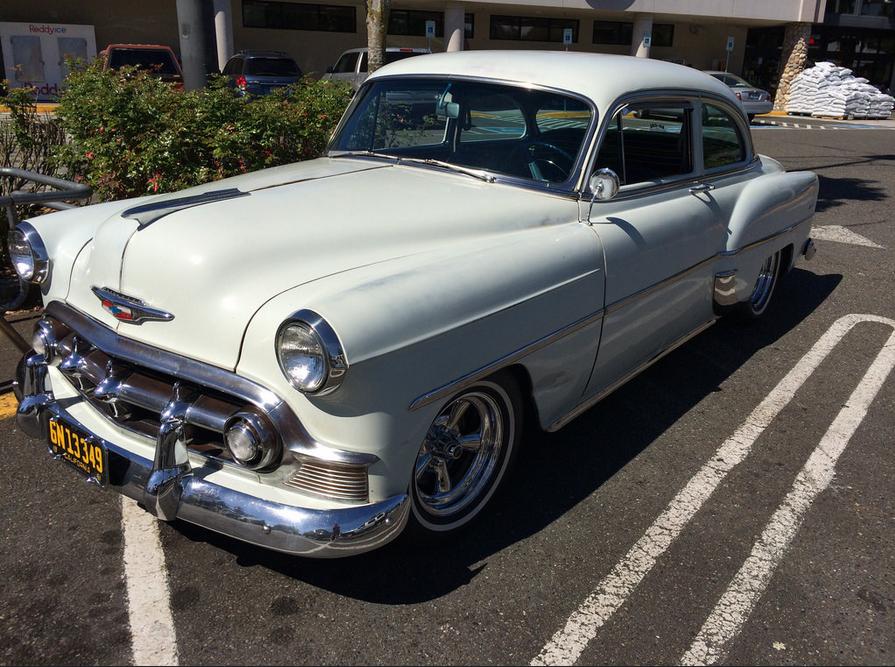 Chevrolet 1953 two door fq