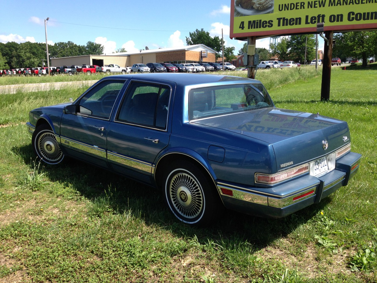curbside classic 1986 91 cadillac seville the sales in spain fall mostly with the plain. Black Bedroom Furniture Sets. Home Design Ideas