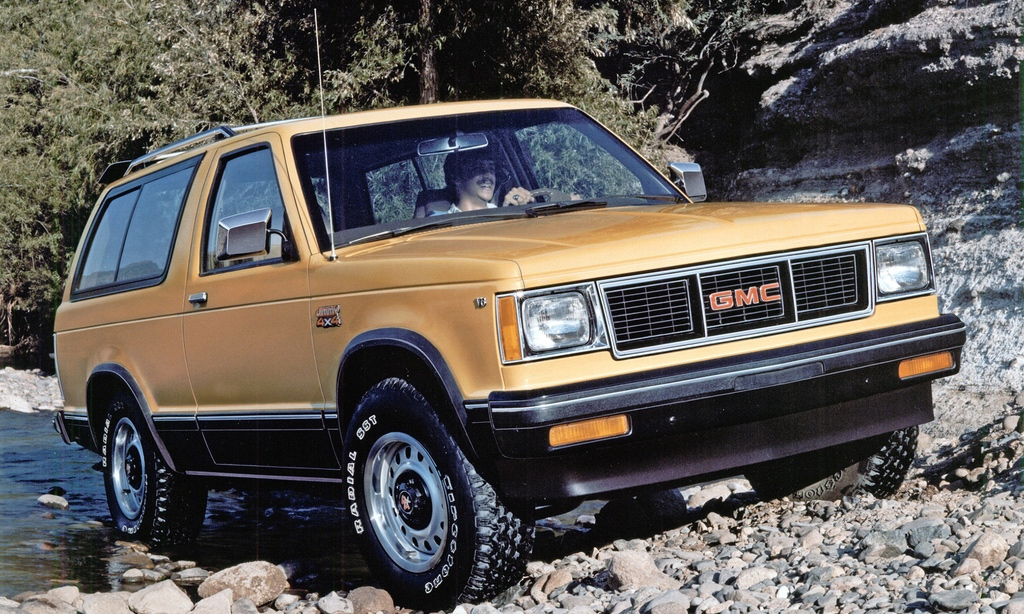 Vintage Ad/Capsule: 1992 GMC Typhoon – The First ...