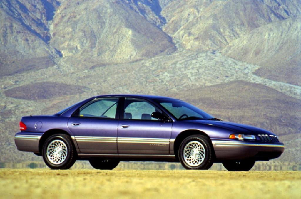 1993-Chrysler-Concorde-Sedan-Image-01