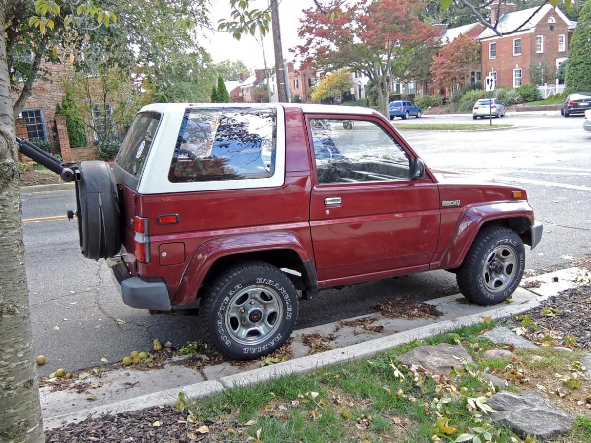 Curbside Classic: 1990 Daihatsu Rocky SE