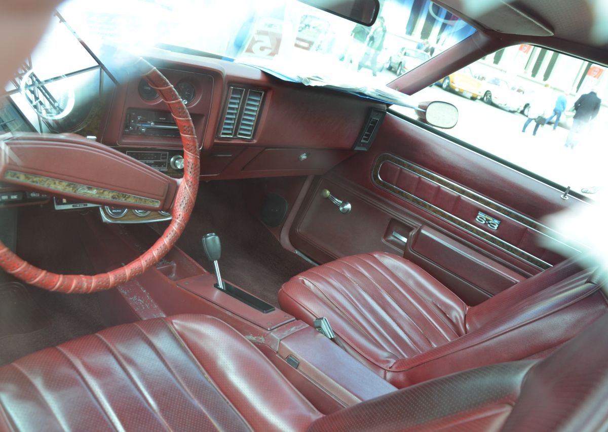 Car show classic 1975 chevrolet laguna s 3 for Interieur 78