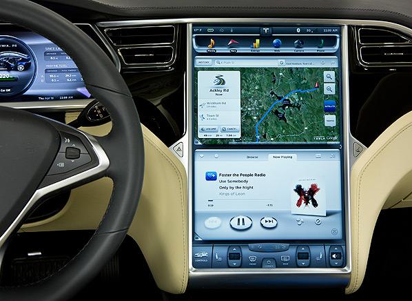 Tesla iPad-3