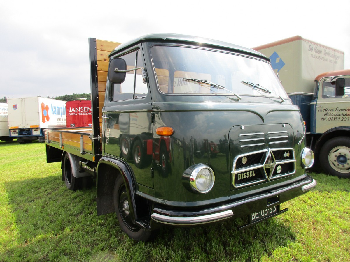 truck show classics 2016 oldtimer truck show stroe. Black Bedroom Furniture Sets. Home Design Ideas