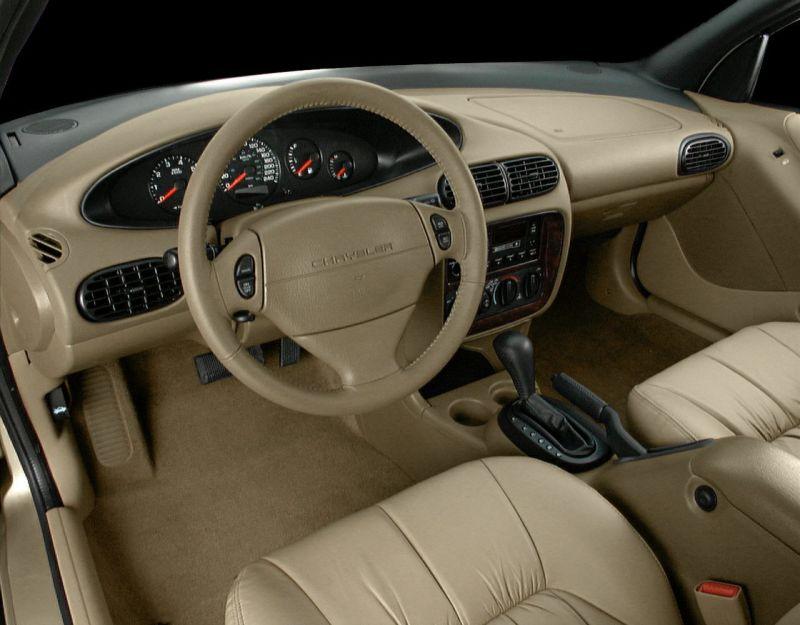 2000-cirrus-interior