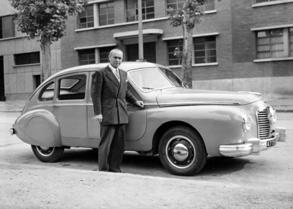 J.A. Grégoire posing with a 1950 prototype, now sporting a Hotchkiss grille and badge.