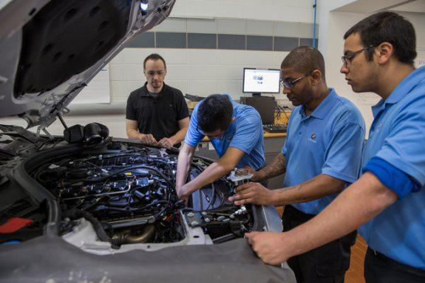 Car technician training programs 15